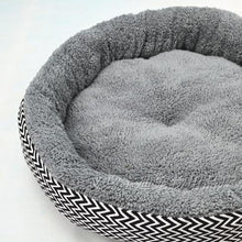 Load image into Gallery viewer, Cozy Round Plush Puppy/Small Dog Bed