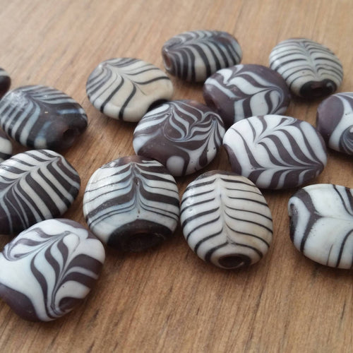 Javanese Combed Glass Beads