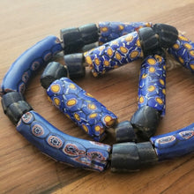 Load image into Gallery viewer, Antique Venetian Millefiori Beads