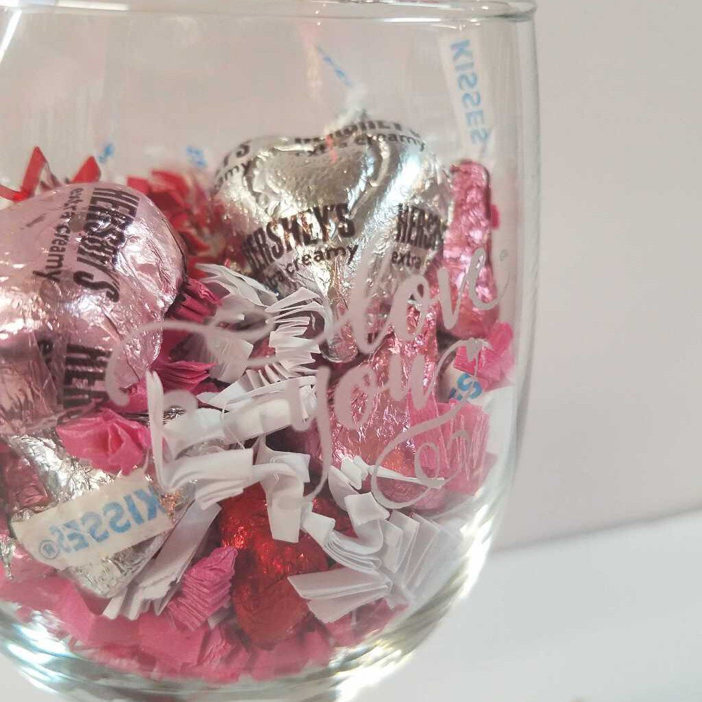 "Wine Gift Glass ""Love You"""