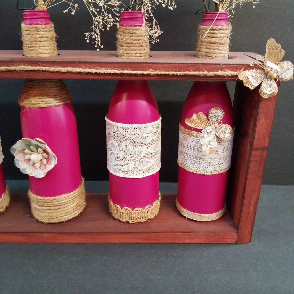 5 pc Bottle Set w Stand and Forever Flowers