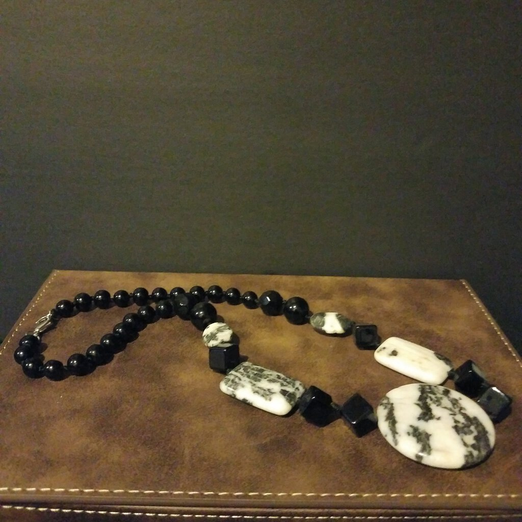 Handmade -- Howlite & Black Bead Necklace