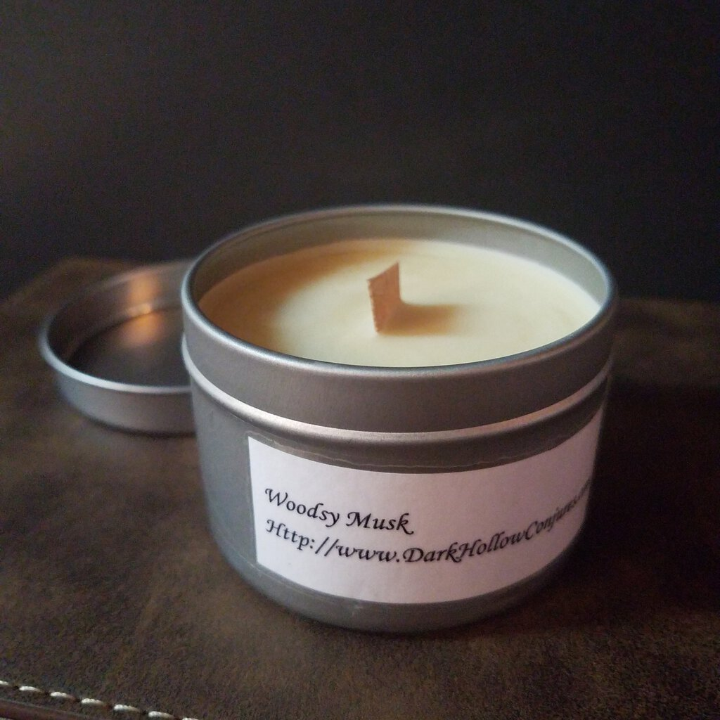 Woodsy Musk Scent Wood Wick Candle