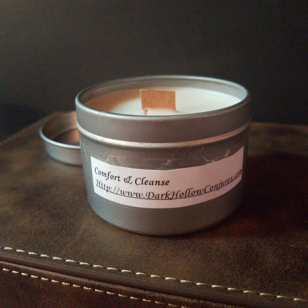 Comfort & Cleanse Scent with a Wood Wick Candle
