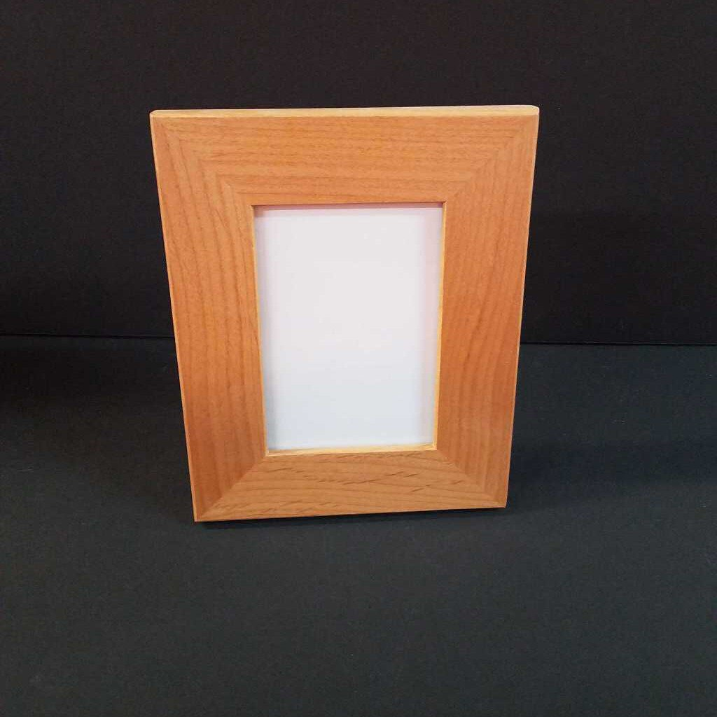 "3 1/2"" x 5"" Genuine Red Alder Picture Frame"