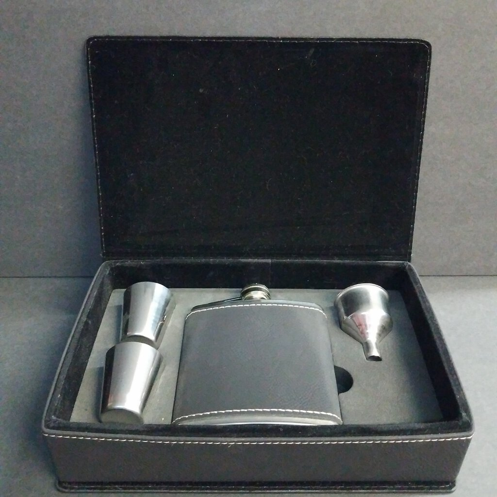 6 oz Black / Gold Leatherette Flask Gift Set -- FSK303