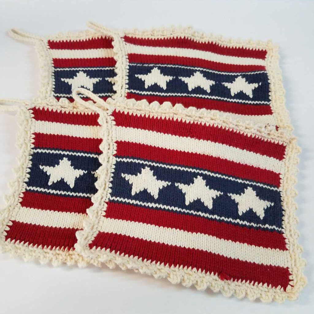 Knitted Pot Holder Set in American Flag Design