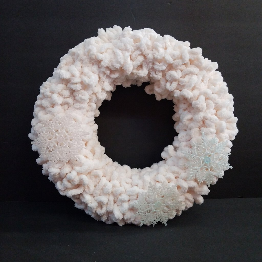 Winter White Wreath with Glitter Snowflakes