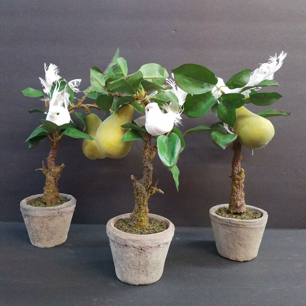 Pear Tree with Dove Pot Decor
