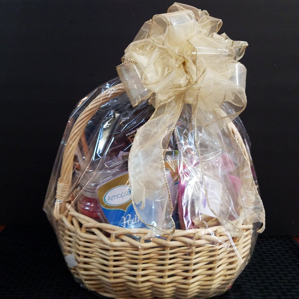 Large Wicker Gift Basket