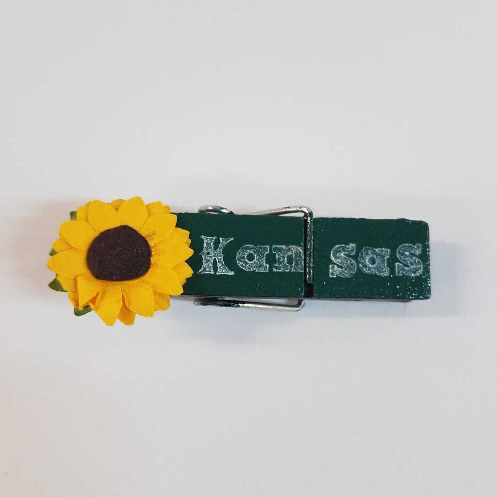 Kansas Sunflower Cloths Pin Décor
