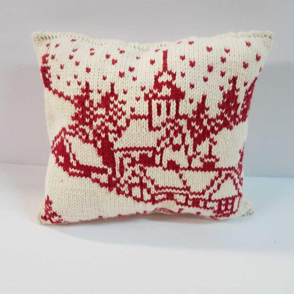 "Knitted Mini Pillow ""Church-Village"""