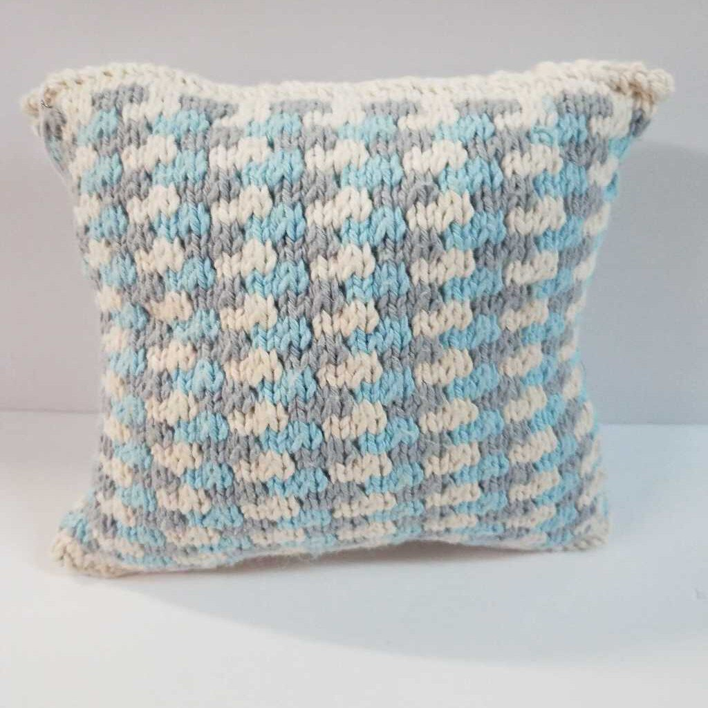 "Knitted Mini Winter Pillow ""Snow"""