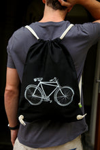 Load image into Gallery viewer, gymbag bag backpack handdruck hand-printed siebdruck screen-pring bike