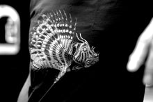 Load image into Gallery viewer, tshirt fish zoology marine biology 1800s woodcarving screen-print siebdruck handdruck