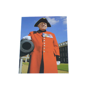Chelsea Pensioner with Canon Postcard