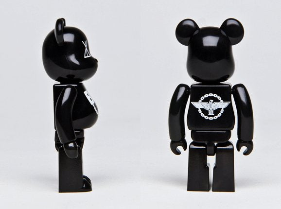 LONG x BOY 100% BEARBRICK