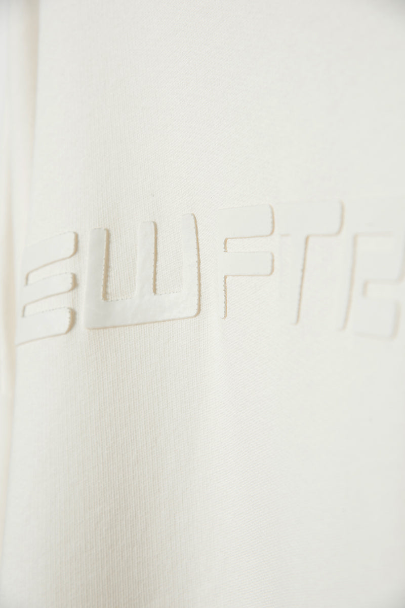 WHITE-SWEAT-CLOSE-UP-3.jpg