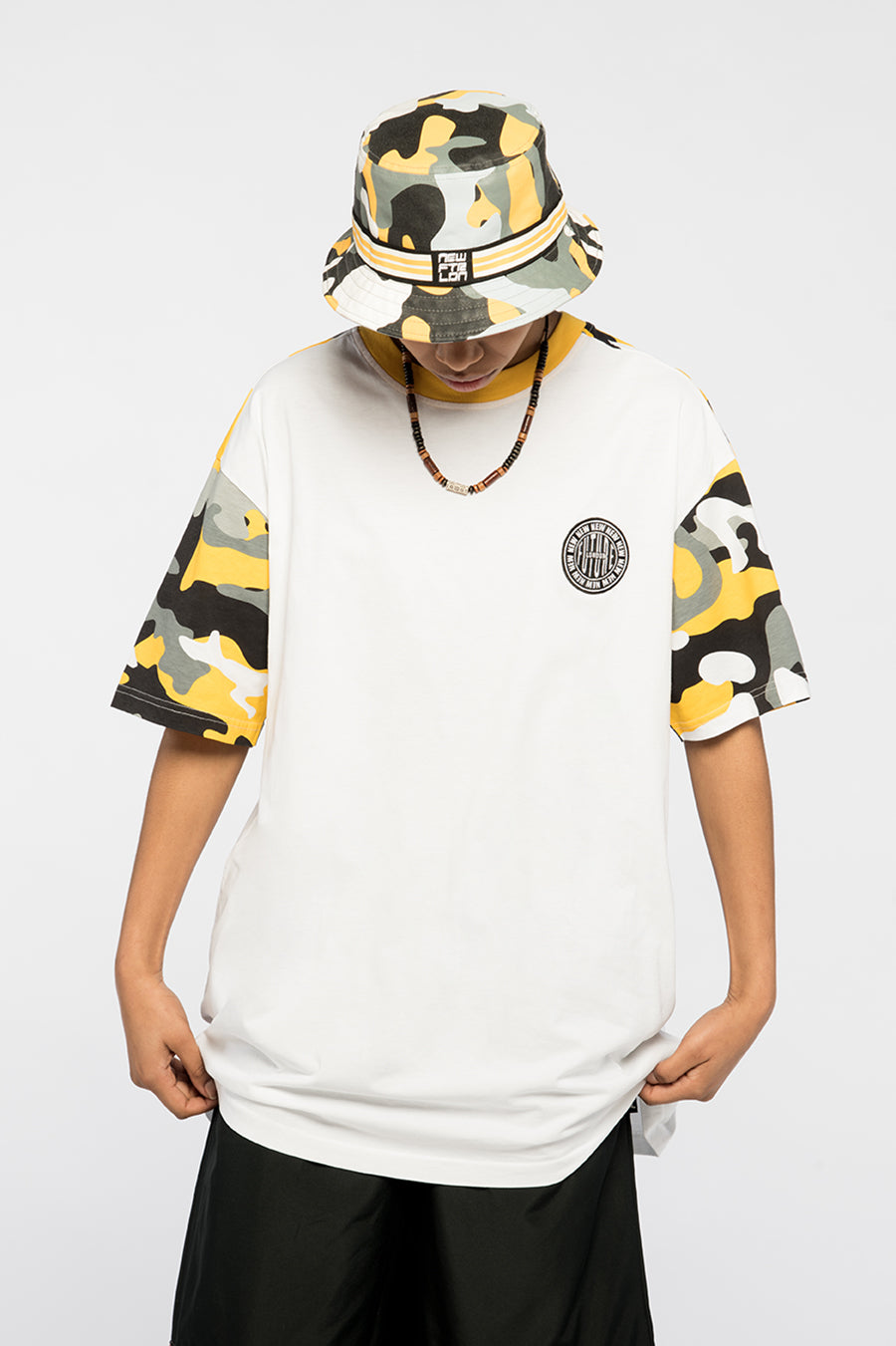 new_future_london_camo_yellow_t_shirt_wht_2-1.jpg