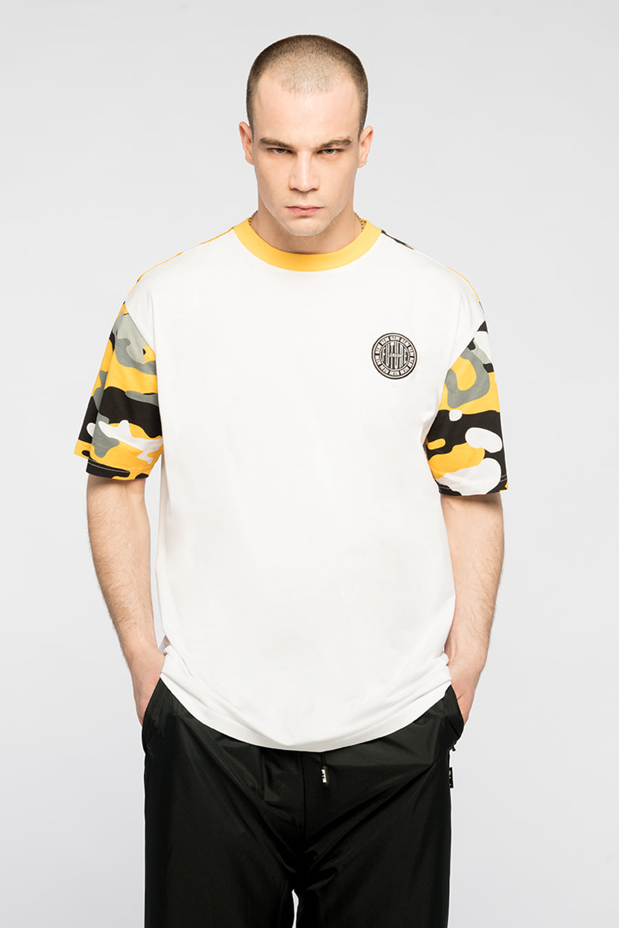 new_future_london_camo_yellow_t_shirt_wht_5-1.jpg