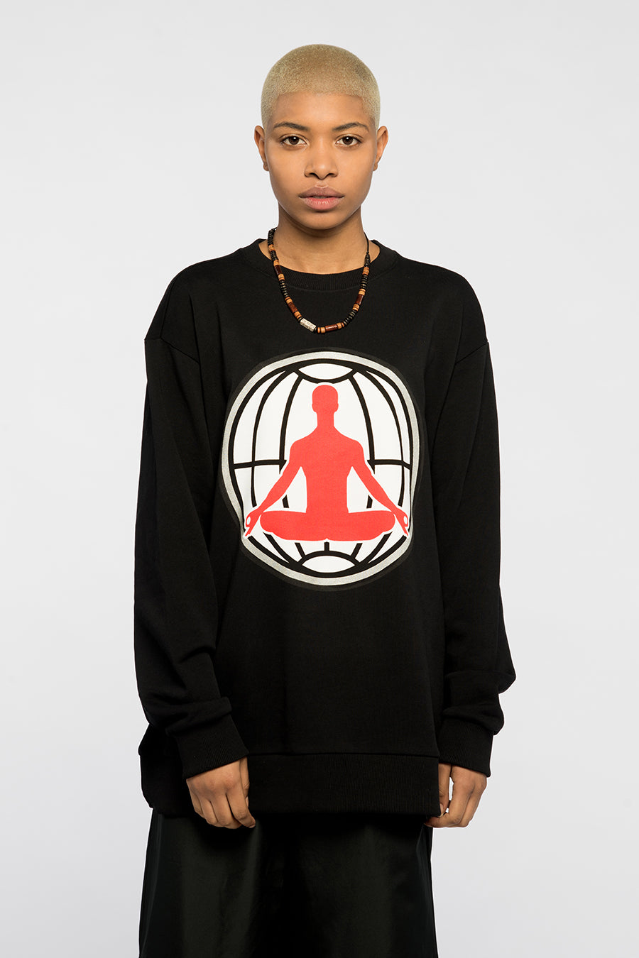 new_future_london_medi_sweat_blk_1-1.jpg