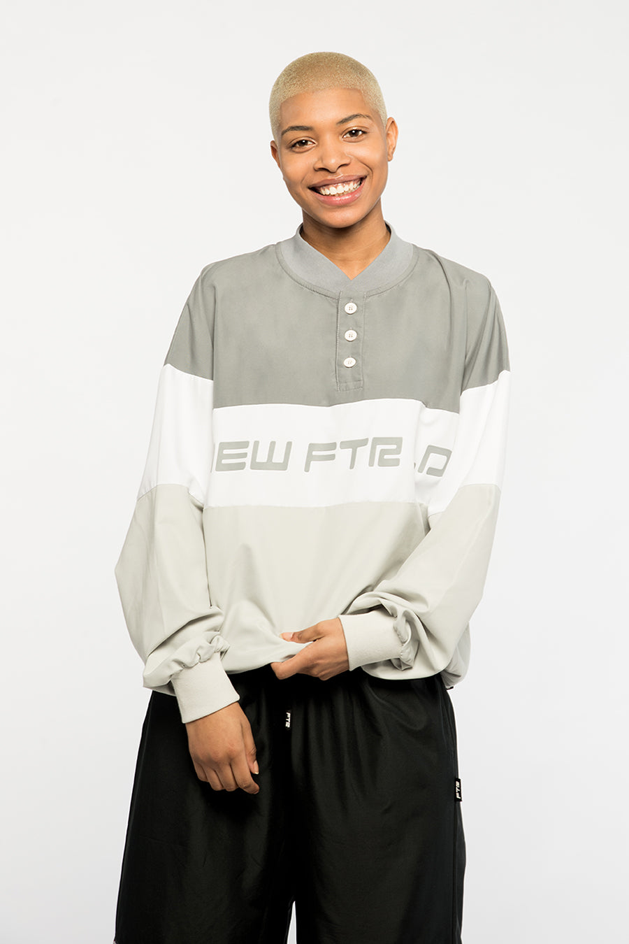 new_future_london_pullover_grey_white-1.jpg