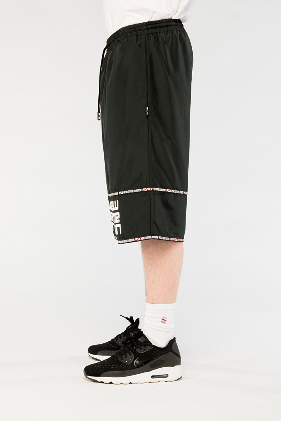 new_future_london_racer_shorts_blk_2-1.jpg
