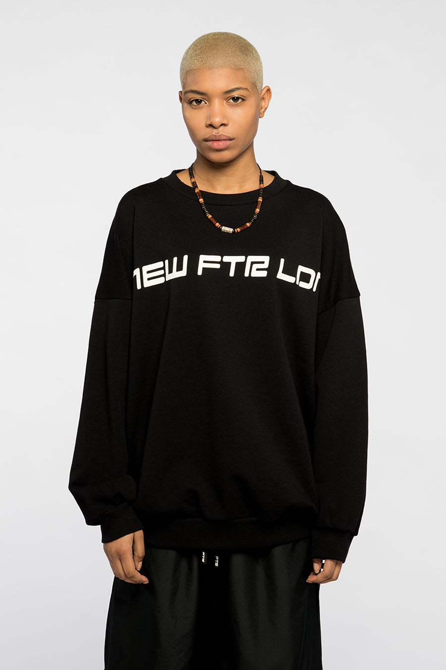 new_future_london_racer_sweat_blk-1.jpg