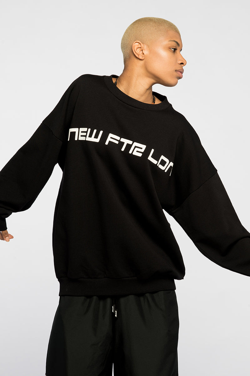 new_future_london_racer_sweat_blk_2-1.jpg