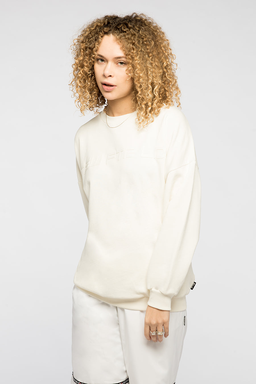 new_future_london_racer_sweat_wht_2_1-2.jpg