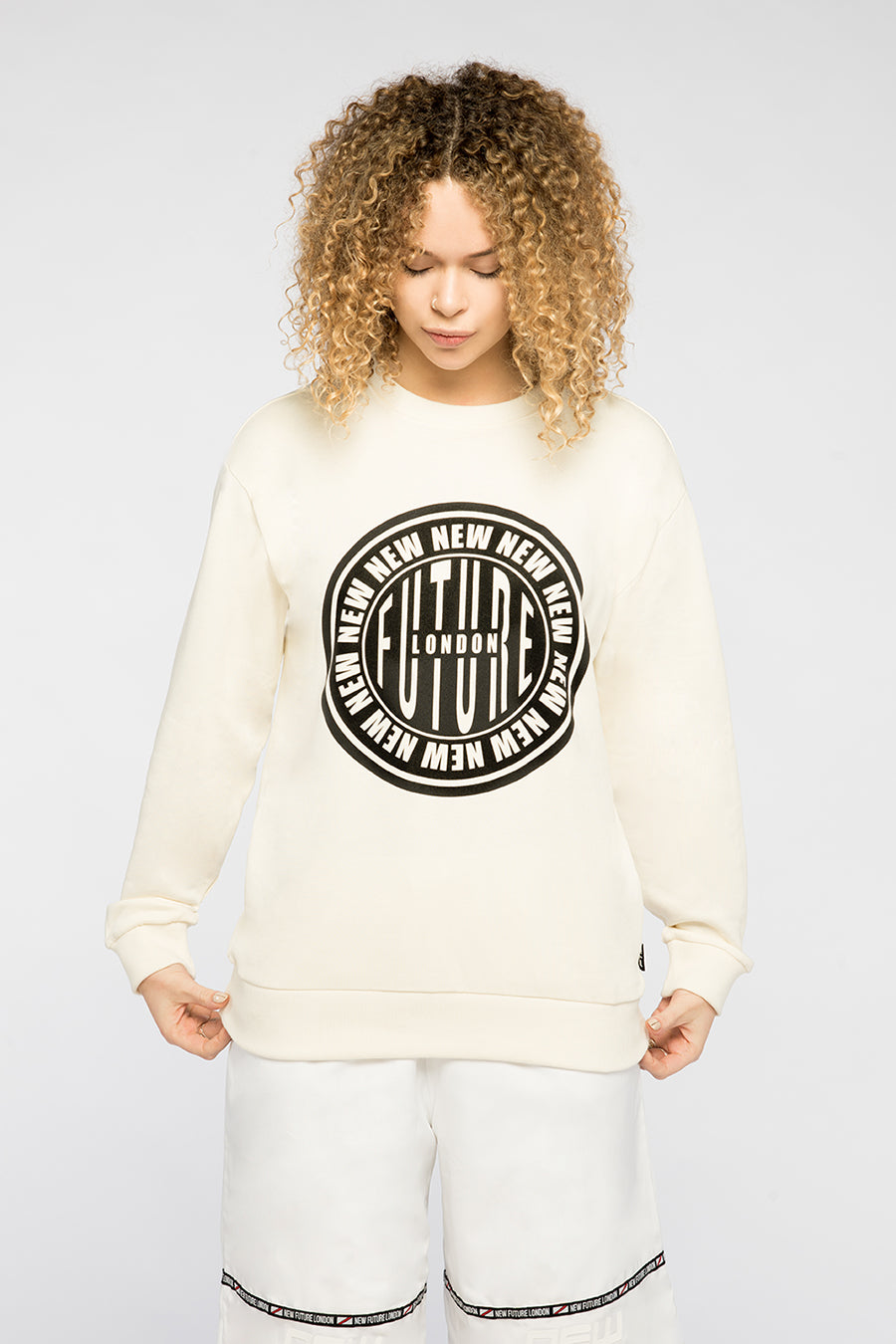 new_future_london_stamp_sweat_wht-1.jpg