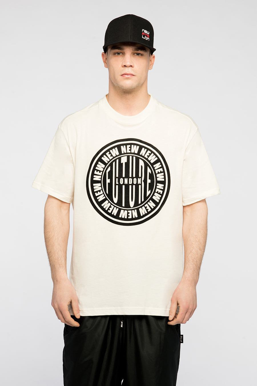 new_future_london_stamp_t_shirt_wht_2_1-1.jpg