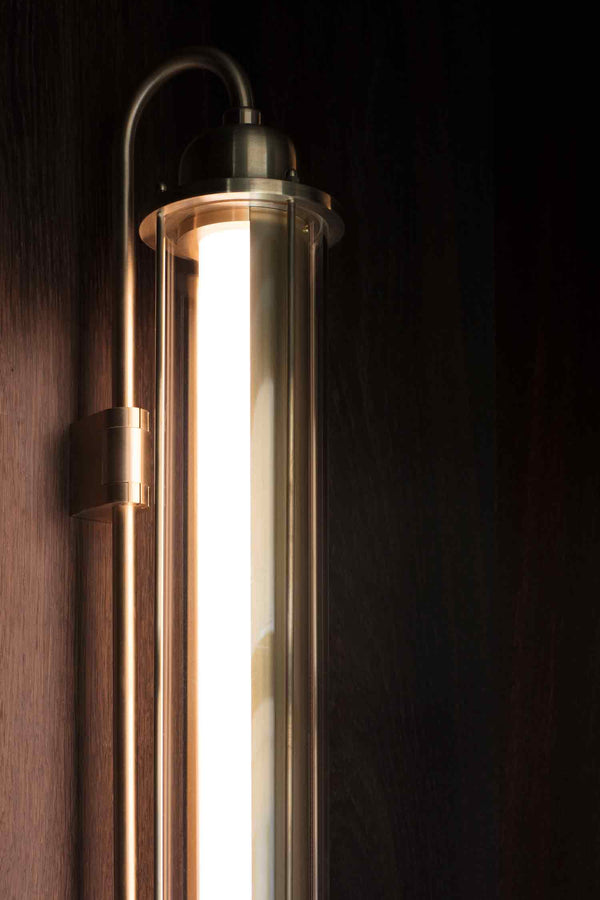 KBH Tube Lamp Wall