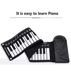 Easy to store while traveling! Roll it out in seconds to begin playing