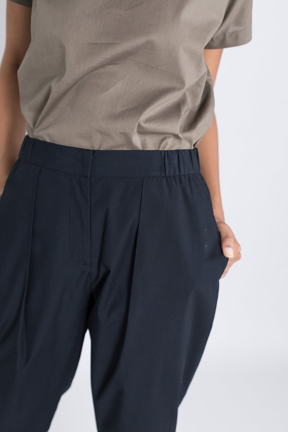 Single Pleat Front Pant