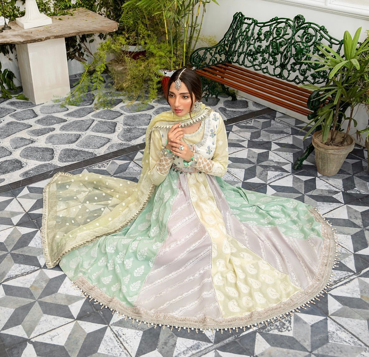 Maria B Pakistani new latest fashion