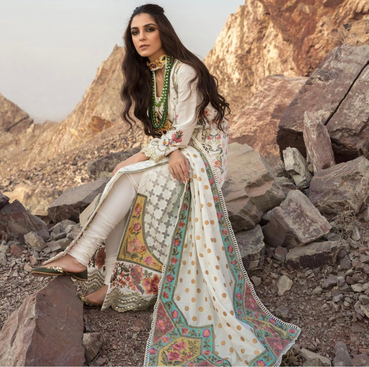 Pakistani Clothes UK Online for Indian Pakistani wedding and party dresses 2020