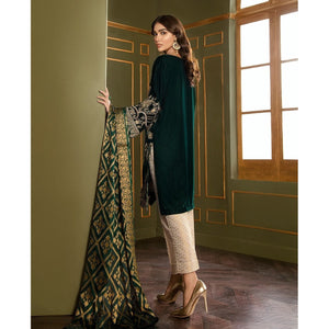 XENIA | VELVET FORMALS | OMAIRAH Buy Designer unstitched, stitched and ready wear Asian Indian Pakistani Salwar Kameez Suit Winter Collection 2020 in UK and USA Online Pakistani Suits available on LebaasOnline pakistanisuits pakistanisuitsonline pakistanisuitsinwholesaleprice pakistanisuitsdesign pakistanisuitsdesignswithpalazzos pakistanisuitsandkurtisonline