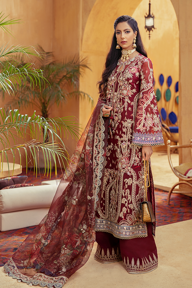 SUFFUSE Freesia Luxury Edition - RED SIENNA : Suffuse by Sana Yasir Luxury Pakistani fashion brand with signature floral patterns, intricate aesthetics and glittering embellishments. Shop Now Suffuse Casual Pret, Suffuse Luxury Collection & Bridal Dresses 2020/21 from www.lebaasonline.co.uk on discount price-SALE!