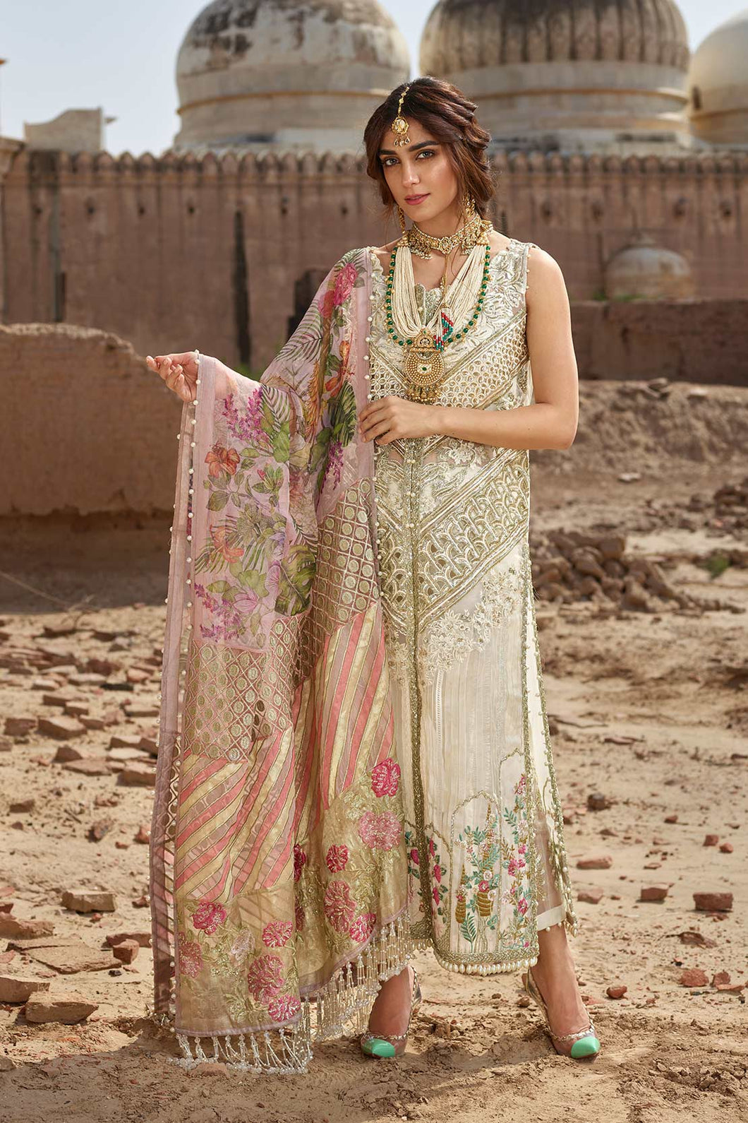 Silver Grey & Pink Embroidered Designer Suit - LebaasOnline