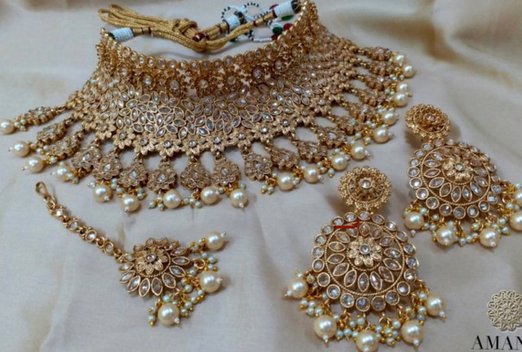 Amanii Indian bridal jewellery set