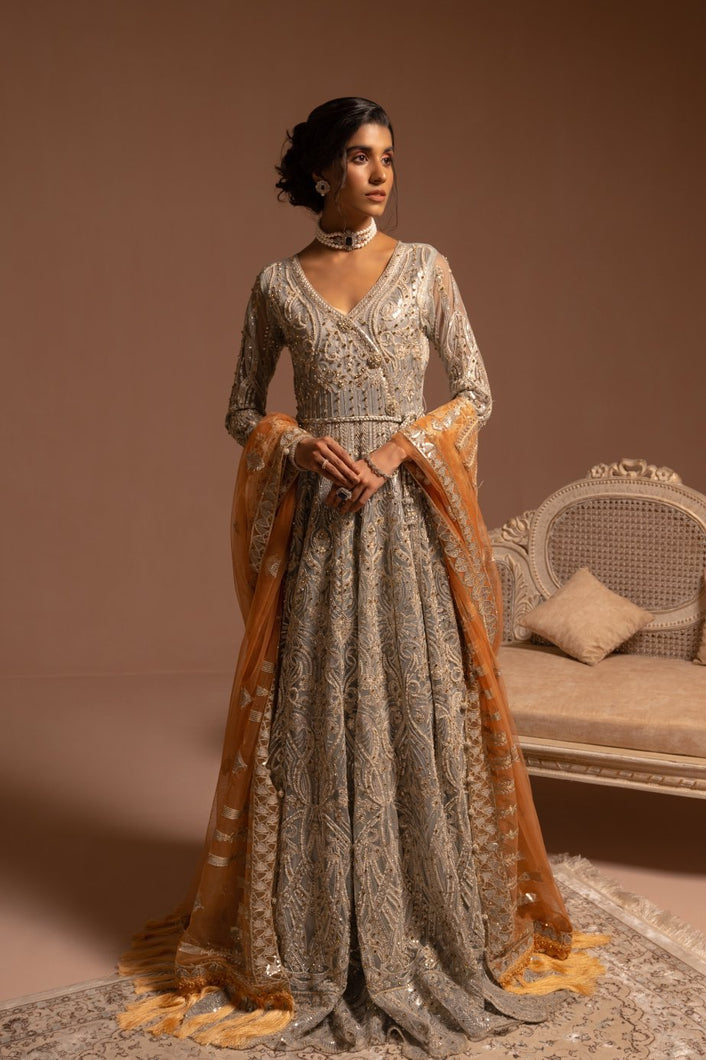 Maryum n Maria Brides 2021, Silver Luxury Suits from Lebaasonline Pakistani Clothes in the UK @ best price- SALE ! Shop Maryum n Maria Brides 2021, Noor, Maria B Lawn 2021 Summer Suits Pakistani Clothes Online UK for Wedding, Party & Bridal Wear. Indian & Pakistani Summer Dresses by Noor in the UK & USA at LebaasOnline.
