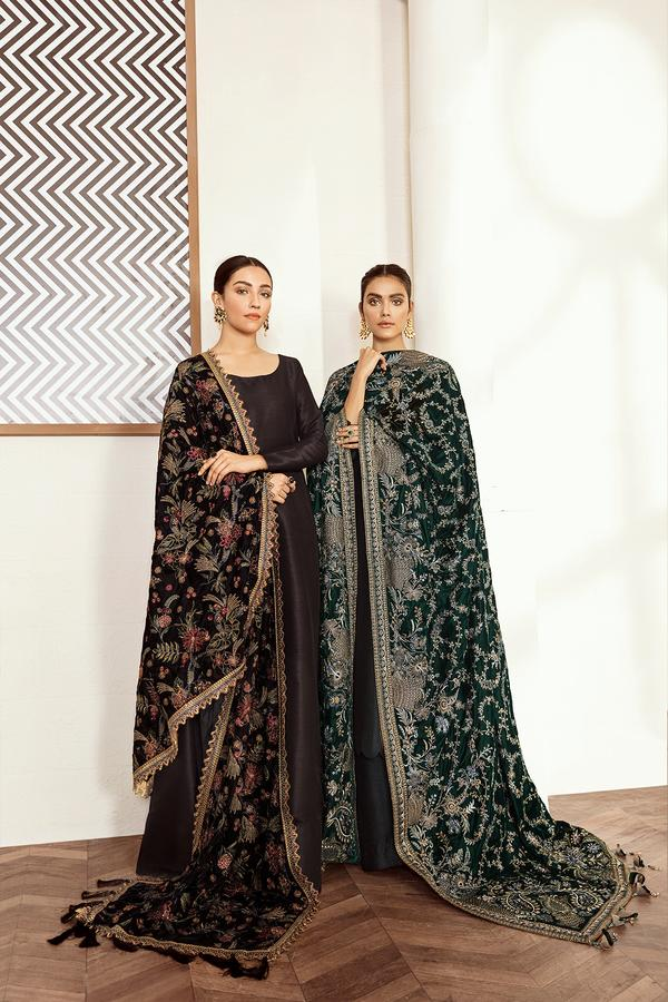 Buy Baroque Pakistani Designer Embroidered Velvet Shawl-Black with discount code and sale price. Shop Pakistani Clothes Online UK- BAROQUE Chiffon for Wedding, Luxury Lawn 2020, Embroidered Chiffon, Velvet Suits, Eid Collection 2020 & Bridal Wear & Ready Made Suits for Pakistani Party Wear UK and USA at LebaasOnline.