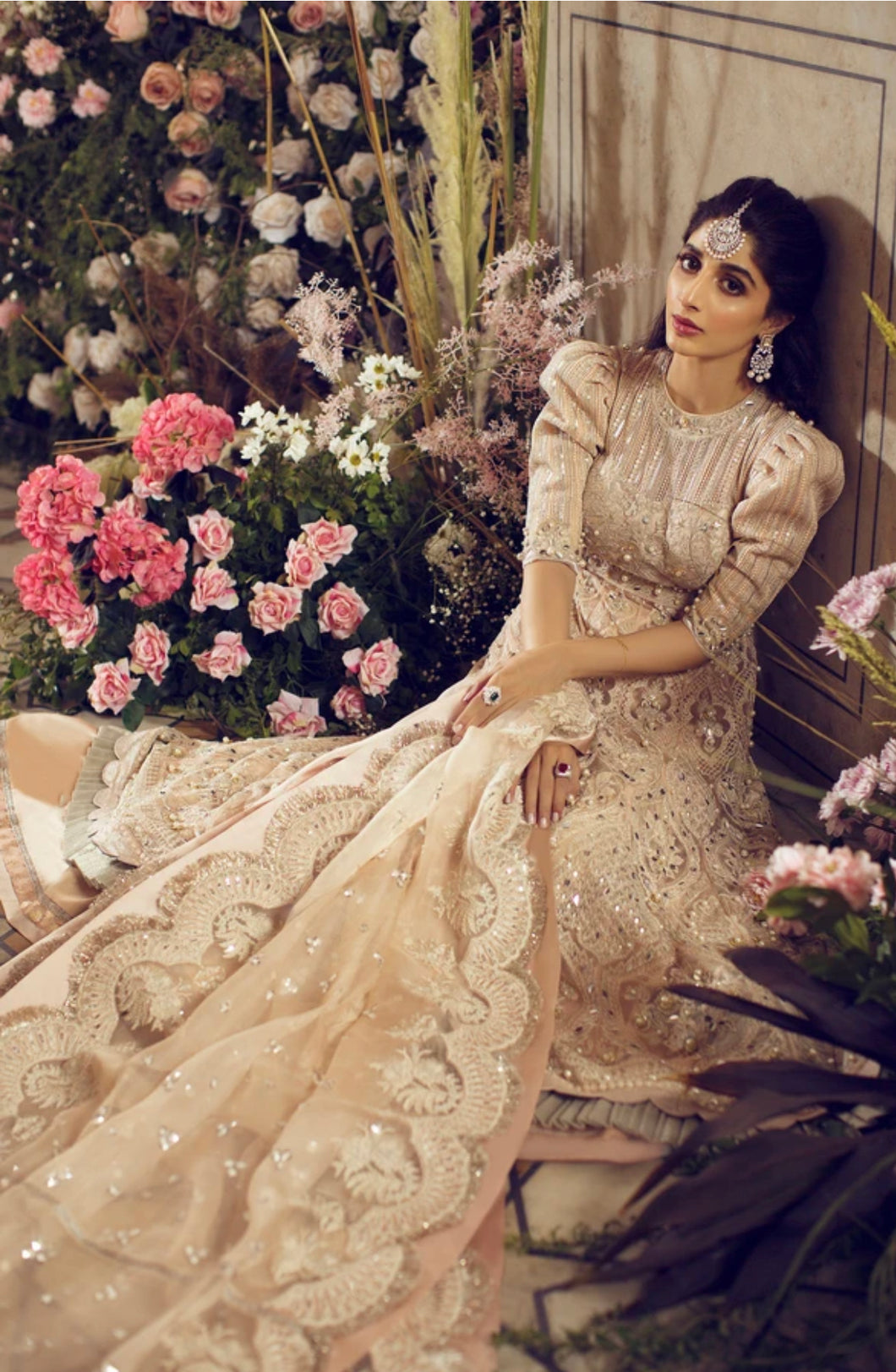 ELAN WEDDING FESTIVE 2020 - FERAY BRIDAL CREAM WHITE | PAKISTANI WEDDING DRESSES & READY MADE PAKISTANI CLOTHES UK. Designer Collection Original & Stitched. Buy READY MADE PAKISTANI CLOTHES UK, Pakistani BRIDAL DRESSES & PARTY WEAR OUTFITS AT LEBAASONLINE. Next Day Delivery in the UK, USA, France, Germany & London