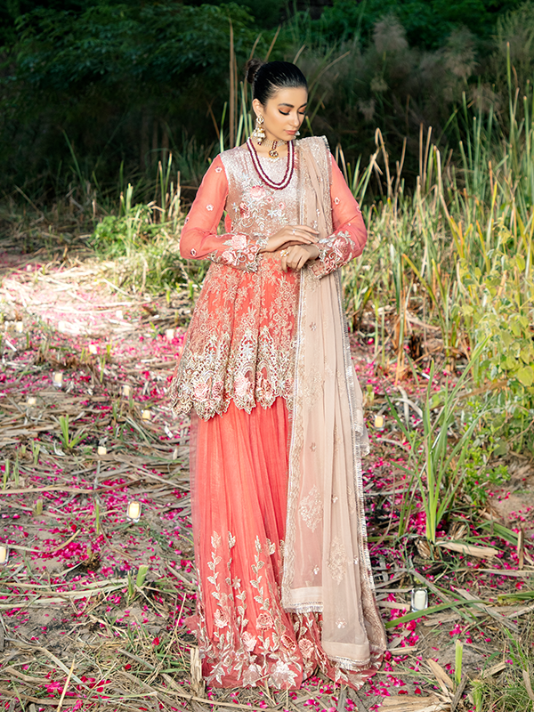 Imrozia Poshak E Khas DN 5005 : Embroidered organza with handmade embellishment by Serene Clothing Imrozia Women Brand Pakistani Designer Dresses are now available at Lebaasonline ! Pakistani Clothes UK and fashion are a central part of Pakistani culture and Pakistani Weddings Buy Imrozia Poshak E Khas at LebaasOnline.