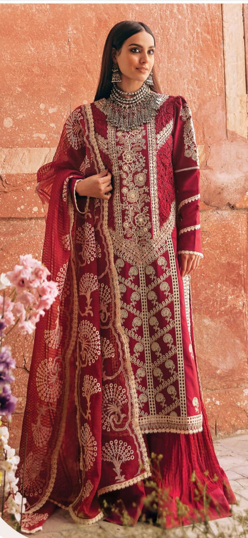 Buy QALAMKAR LUXURY LAWN 2021 from Lebaasonline Pakistani Clothes Stockist in the UK @ best price- SALE ! Shop Gulaal Lawn 2021, Maria B Lawn 2021 Summer Suits, Pakistani Clothes Online UK for Wedding, Party & Bridal Wear. Indian & Pakistani Summer Lawn Dresses by  QALAMKAR LUXURY LAWN in the UK & USA at LebaasOnline.