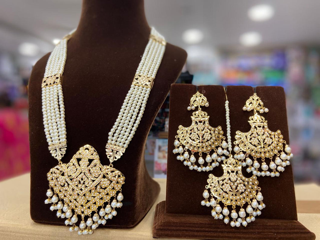 Indian Jewellery Bridal Jadau Sets Moti Pearl and Gold plated DS40 White