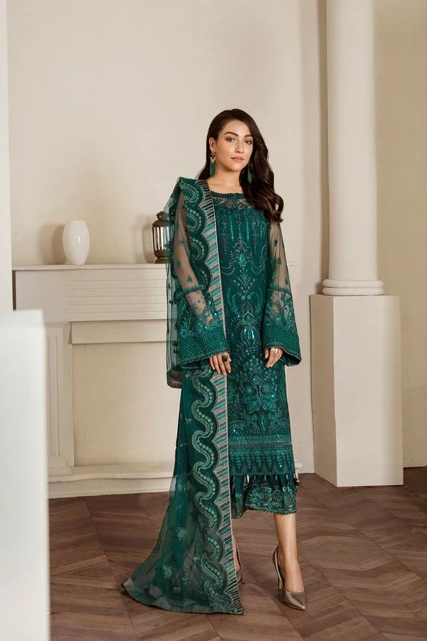 Buy Baroque Chiffon Collection 2021, Green from Lebaasonline Pakistani Clothes Stockist in the UK @ best price- SALE ! Shop  Baroque, Noor LAWN 2021, Maria B Lawn 2021 Summer Suits, Pakistani Clothes Online UK for Wedding, Party & Bridal Wear. Indian & Pakistani Summer Dresses by  Baroque in the UK & USA at LebaasOnline.