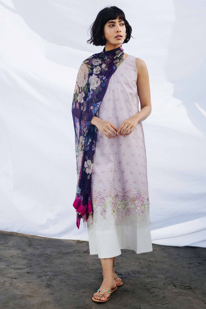 Buy COCO BY ZARA SHAHJAHAN LAWN 2021 | Z21-06A Purple Lawn 100% PAKISTANI DESIGNER DRESSES at Lebaasonline. New summer lawn Eid collection of Zara Shahjahan 2021, PAKISTANI CLOTHING, Asim Jofa Party Suits, PAKISTANI BOUTIQUE are exclusively available online! Stitched & Readymade Eid dress in the UK France & New Zealand