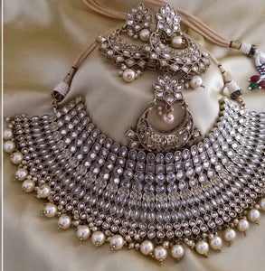 AMANII Blush and dazzle chocker sets - LebaasOnline
